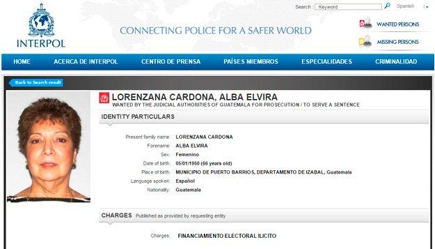La fotografía de Alba Lorenzana fue publicada por la Interpol. Ella está sindicada de financiamiento electoral ilícito. (Foto Prensa Libre: Interpol)