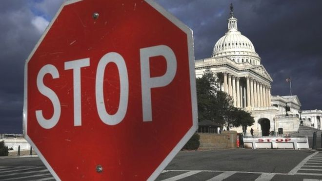 Senado aprueba fondos para reabrir gobierno. (Foto Prensa Libre: EFE)
