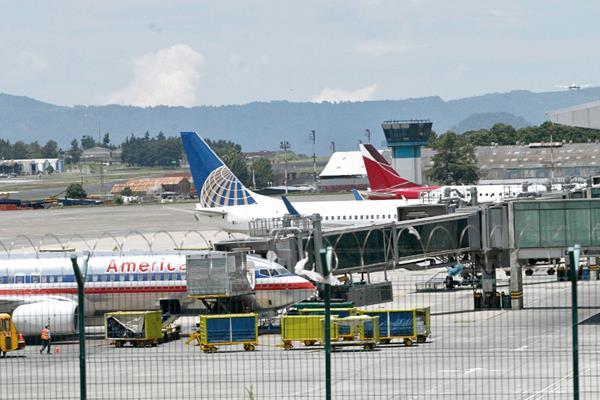 El Aeropuerto Internacional La Aurora aún ofrece buenas condiciones para la llegada de más aviones, según el Inguat.