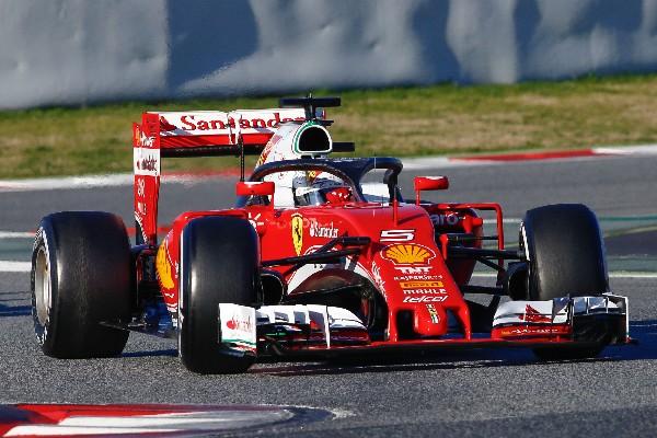 Sebastian Vettel fue el más rápido en los ensayos de hoy en Barcelona. (Foto Prensa Libre: AFP)