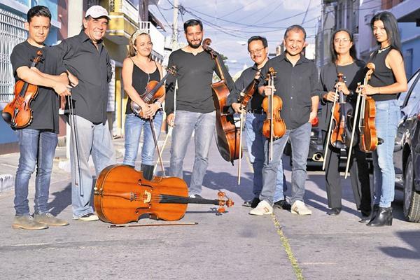 El Cuarteto Contemporáneo y el Cuarteto Asturias presentan el concierto Ensamble Armónico, en el cual hacen un recorrido por la música local.