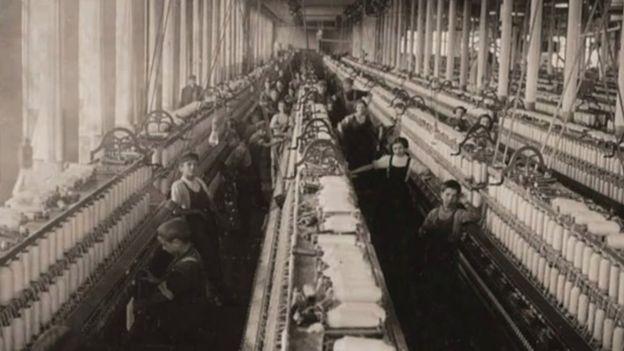Para 1904, casi dos millones de niños entre 10 y 15 años trabajaban en Estados Unidos. (Foto: Lewis Hines / Cortesía del Archivo Nacional de Estados Unidos)