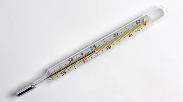 Sustituir el termómetro de mercurio por uno digital es una medida recomendada por los expertos. (THINKSTOCK).