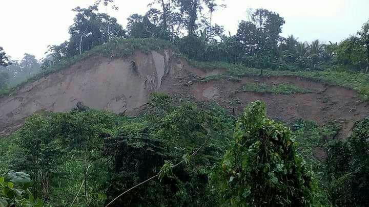 Área del deslizamiento en la comunidad Santa Anita, Cobán. (Foto Prensa Libre: Conred).
