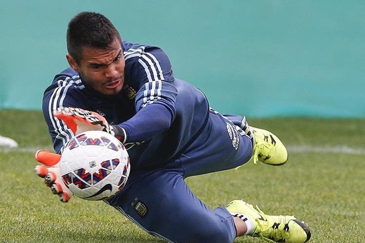 Sergio Romero aseguró estar feliz por incorporarse al Manchester Unidet. (Foto Prensa Libre: AP)