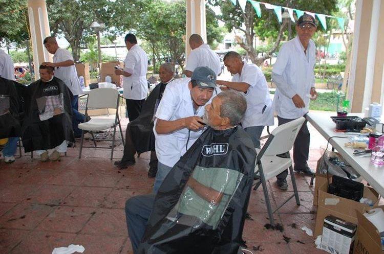 Los veinte militares retirados se capacitaron para tener una nueva forma de servir a su comunidad.