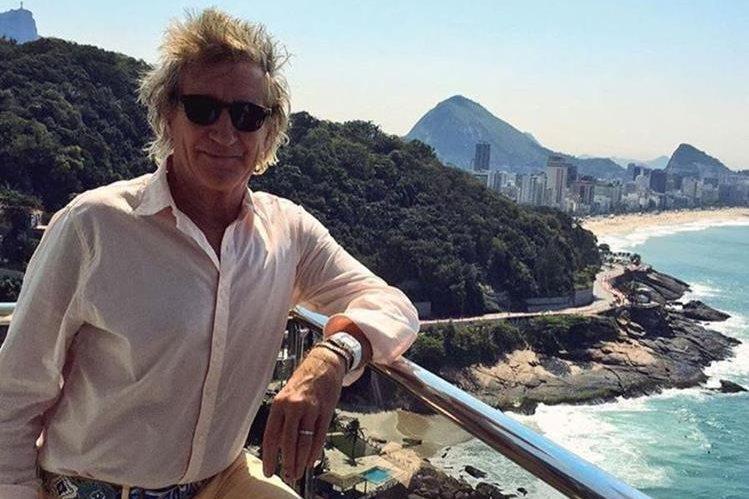 El músico británico fue condecorado en Inglaterra. (Foto Prensa Libre: Tomada de Instagram)
