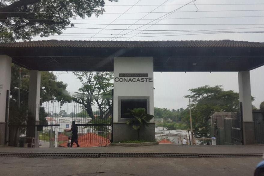 Propiedades en el condominio El Conacaste, Escuintla, pasaron a la administración de la Senabed. (Foto Prensa Libre: MP)