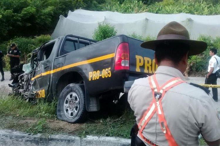 El accidente mortal ocurrió en el km 100 jurisdicción de El Progreso. (Foto Prensa Libre: Provial)