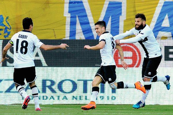 Parma sorprendió al derrotar al líder Juventus, en la jornada sabatina de la Serie A de Italia. (Foto Prensa Libre: AP)