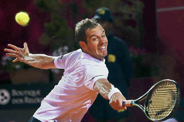 Gasquet se medirá mañana en semifinales del Abierto de Estoril, al también español Guillermo García-López. (Foto Prensa Libre: EFE)