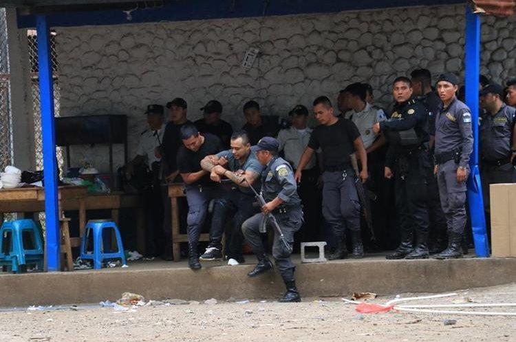 Heridos son rescatados por agentes del Sistema Penitenciario