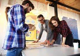 En la actualidad hay varios proyectos que pueden financiar a los emprendedores (Foto Prensa Libre: Shutterstock)