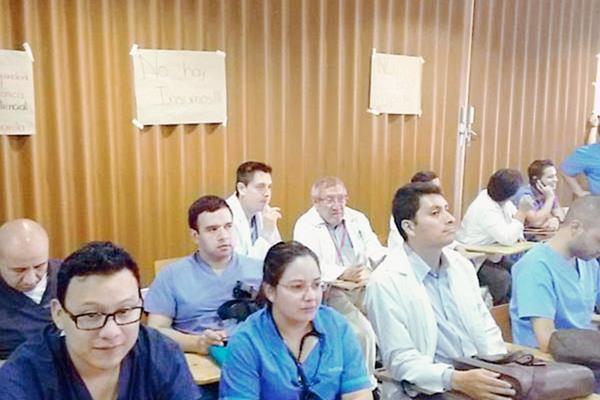Médicos del San Juan de Dios se declararán en emergencias por desabastecimiento. (Foto Prensa Libre: Manuel Hernández)