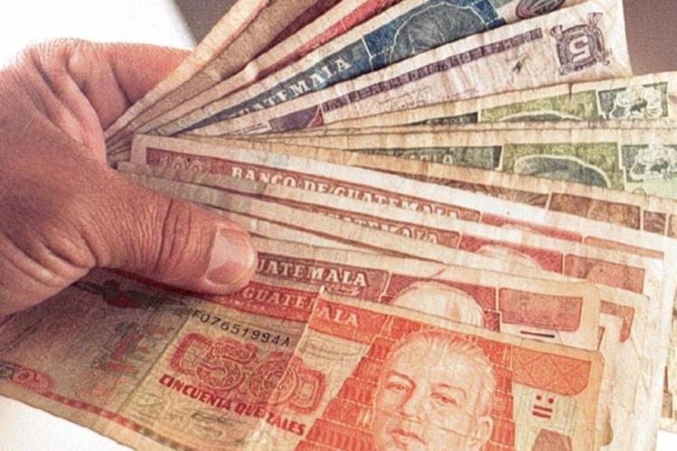 debido a las fiestas de fin de año aumenta significativamente el dinero en circulación (Foto Prensa Libre. Hemeroteca PL)