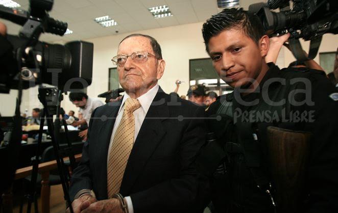Héctor Mario López Fuentes fue detenido en junio de 2011 por cargos de lesa humanidad. (Foto Prensa Libre: Hemeroteca PL)