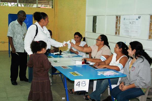 El área metropolitana es cotizada por sus altos ingresos y situado constitucional. (Foto Prensa Libre: Hemeroteca PL)