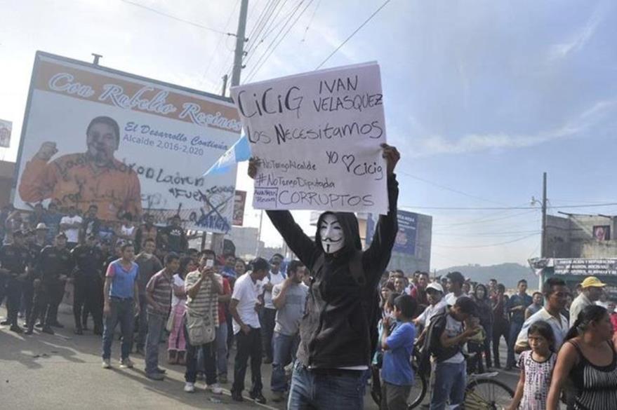 Vecinos de Barberena han manifestado en varias oportunidades contra la gestión de Recinos. (Foto Prensa Libre: Hemeroteca PL).