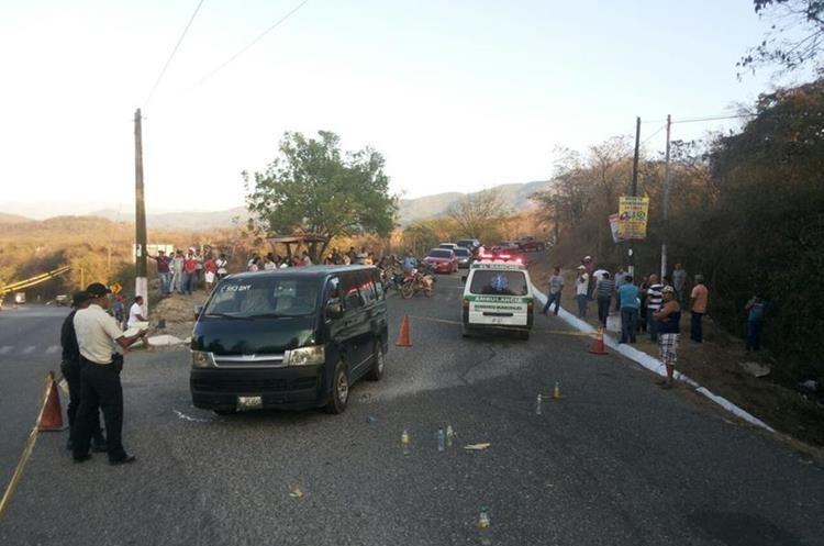 El ataque fue directo contra el piloto, quien murió debido a las gravedad de las heridas. (Foto Prensa Libre: Hugo Oliva)