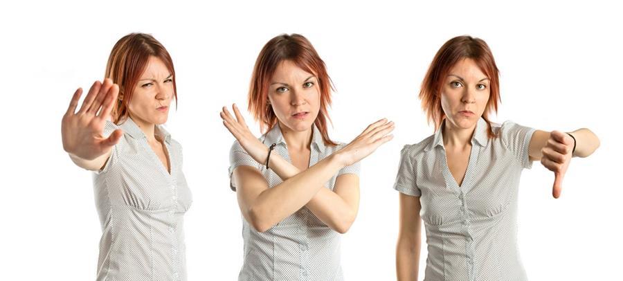 Existen muchos códigos corporales que pueden contradecir o reafirmar lo que se dice con palabras.
