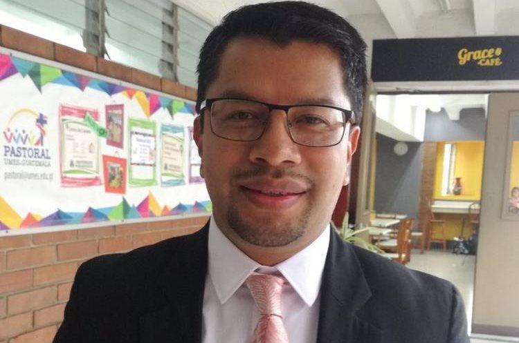 César Elías es actualmente subcontralor de Calidad del Gasto. (Foto Prensa Libre: Guatemala Visible)