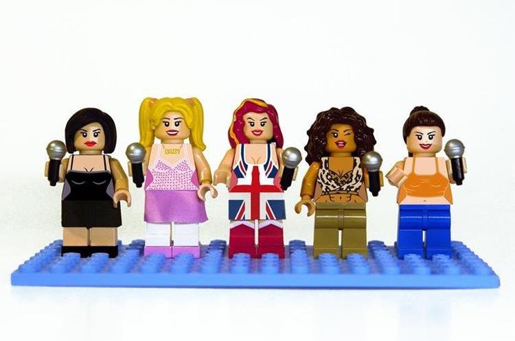 Las figuras y representaciones de las cantantes británicas pueden darte una idea más clara de sus looks más representativos. (Foto Prensa Libre: Disney).