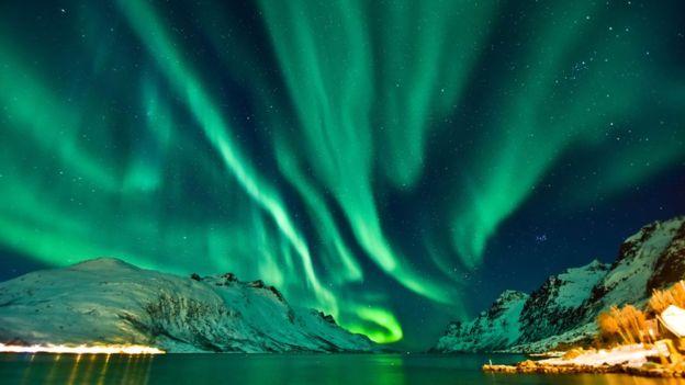 Las auroras polares son una de las consecuencias de los huecos coronales. THINKSTOCK