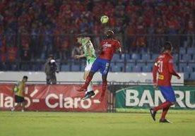En un partido emocionante Municipal y Antigua igualan 1-1