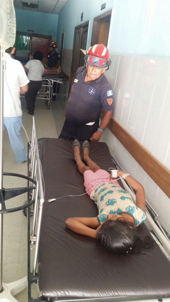 Cuatro menores y dos adultos sufrieron síntomas de intoxicación. (Foto Prensa Libre: Hugo Oliva)