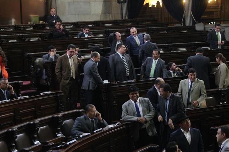 El Congreso aprobó los cambios al Código de Trabajo y evade arbitraje de la OIT. (Foto Prensa Libre: Érick Ávila)