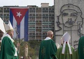 Miles de cubanos se dieron cita para participar en la misa celebrada por el Papa Francisco en La Habana.