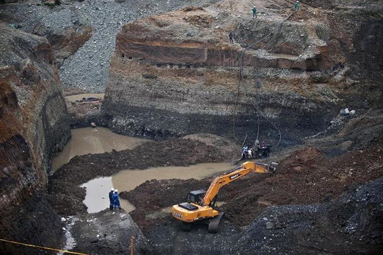 La minería a cielo abierto pone en riesgo los recursos naturales, dice experto. (Foto: Hemeroteca PL)