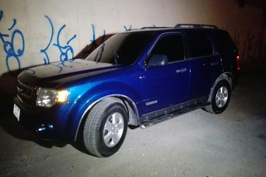 La policía dijo que investigará si el vehículo que conducía Zavala, fue robado en otro país.(Foto Prensa Libre: PNC)