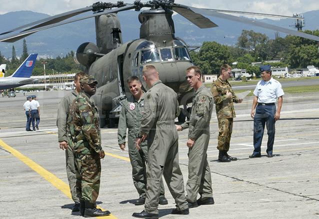 Elementos del Ejército de Estados Unidos que participaron en el Plan Maya Jaguar para combatir el narcotráfico. (Foto: Hemeroteca PL)
