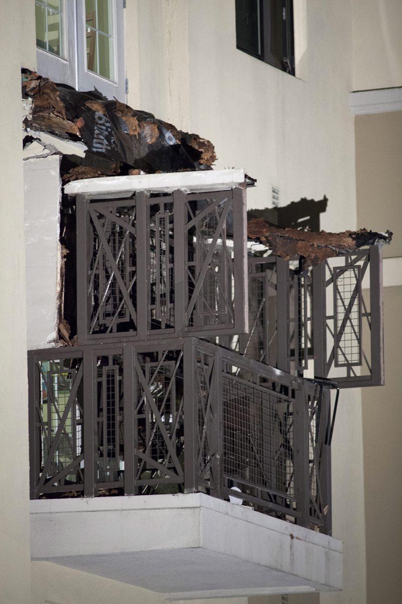 Fachada donde se desplomó un balcón en  Berkeley, EE. UU. (Foto Prensa Libre: EFE).