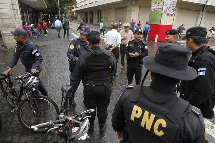 La Policía Nacional Civil capturó al hombre por orden de un juzgado. (Foto Prensa Libre: Hemeroteca PL)