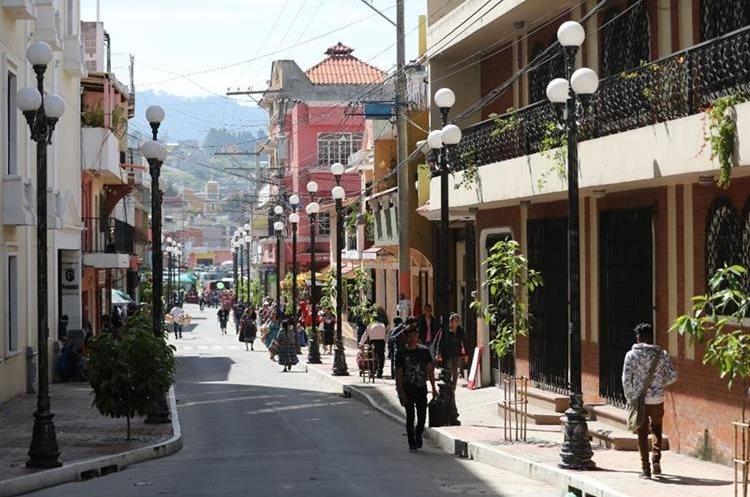 La comuna de Salcajá ha remozado los espacios públicos para beneficio de sus vecinos. (Foto Prensa Libre: Mynor Toc)