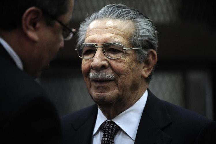 Ríos Montt deberá hacer frente a este proceso a través de la representación de los abogados. (Foto Prensa Libre: Hemeroteca PL)