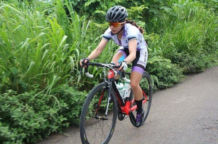 María Fernanda Morales fue tricampeona nacional de ciclismo de montaña. (Foto Prensa Libre: Cortesía María Fernanda Morales)