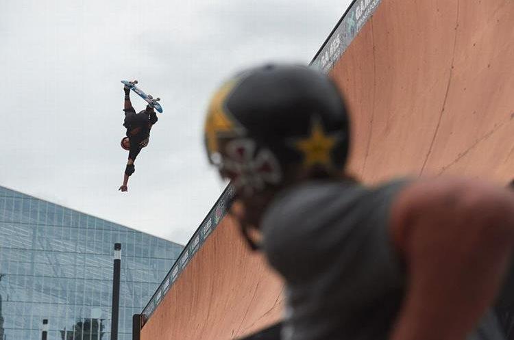 Moto Shibata ganó la medalla de oro en skateboard. (Foto Prensa Libre: X Games)