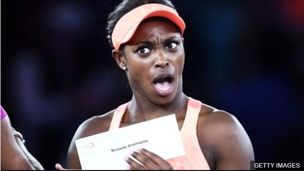 Su reacción al recibir el cheque por US$3,7 millones dio la vuelta al mundo. (Foto Prensa Libre: BBC Mundo)