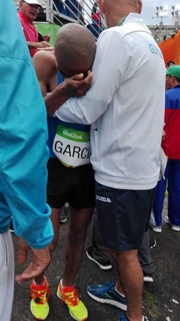 García, con sentimientos encontrados, no pudo contener las lágrimas al finalizar la competencia. (Foto Prensa Libre: Jeniffer Gómez)