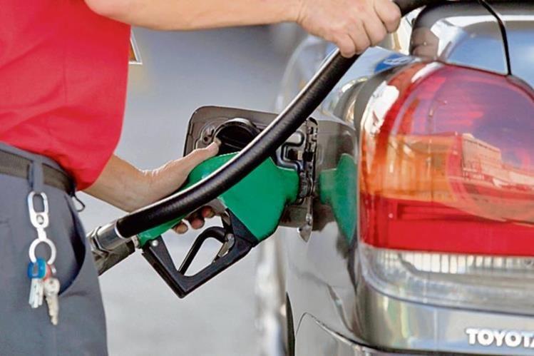 el precio del carburante continuará incrementándose en las próximas semanas.