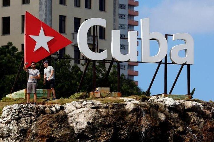 Cuba es uno de los países en Latinoamérica con menos acceso a Internet. (Foto Prensa Libre: EFE)