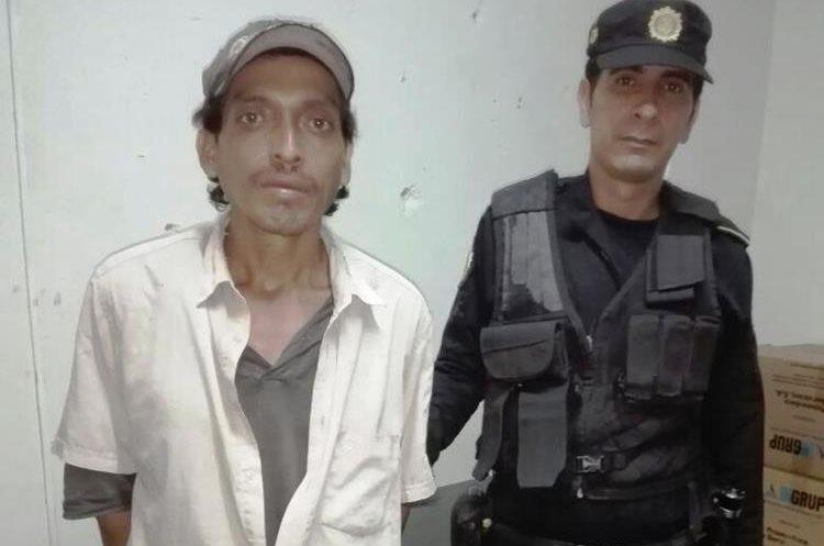 El hombre había salido de la cárcel porque tenía dos delitos de violación y por portación de ilegal de arma de fuego. (Foto Prensa Libre: Mario Morales)