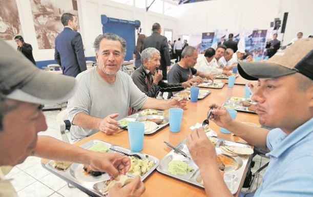 En el departamento de Guatemala se han abierto siete de los 16 comedores sociales, el de Fegua es uno de ellos. (Foto: Hemeroteca PL)