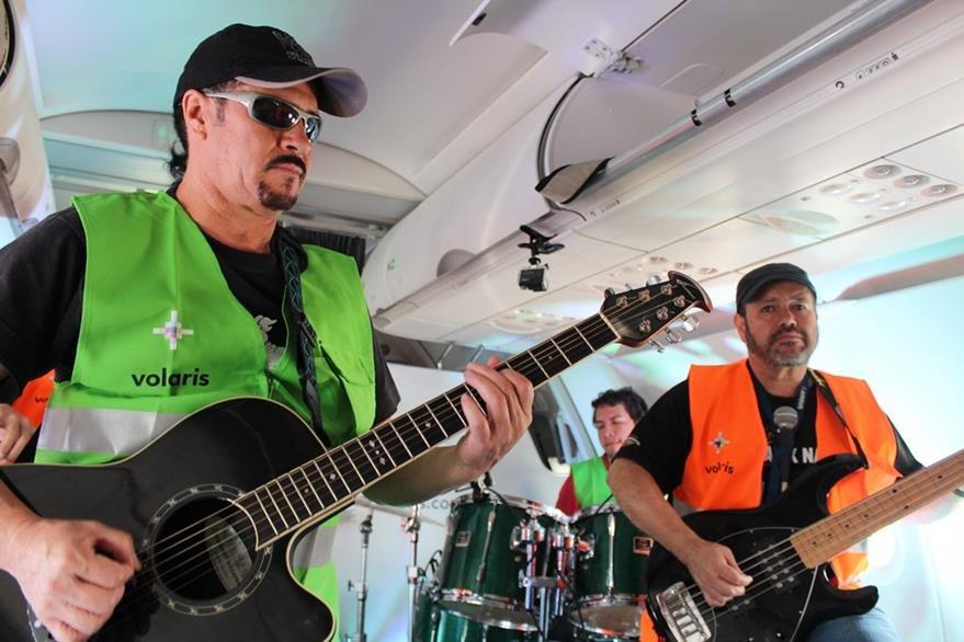 La banda guatemalteca Alux Nahual prepara concierto aéreo. (Foto Prensa Libre: Cortesía Alux Nahual)