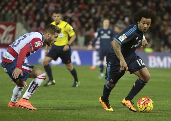 El lateral brasileño Marcelo, del Real Madrid, sufrió una lesión en el hombro y aún no se sabe el tiempo de recuperación. (Foto Prensa Libre: EFE)