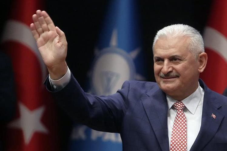 Binali Yildirim, nombrado primer ministro por el presidente de Turquía, Erdogan. (Foto Prensa Libre: AP).