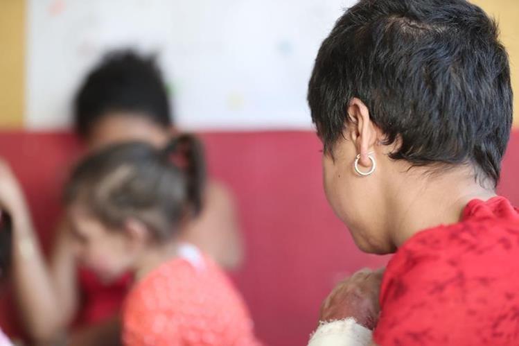 La familia sobrevivió, ahora lucha cada día para tratar de seguir con su vida y sobrevivir a las secuelas de la tragedia. (Foto Prensa Libre: Juan Diego González)